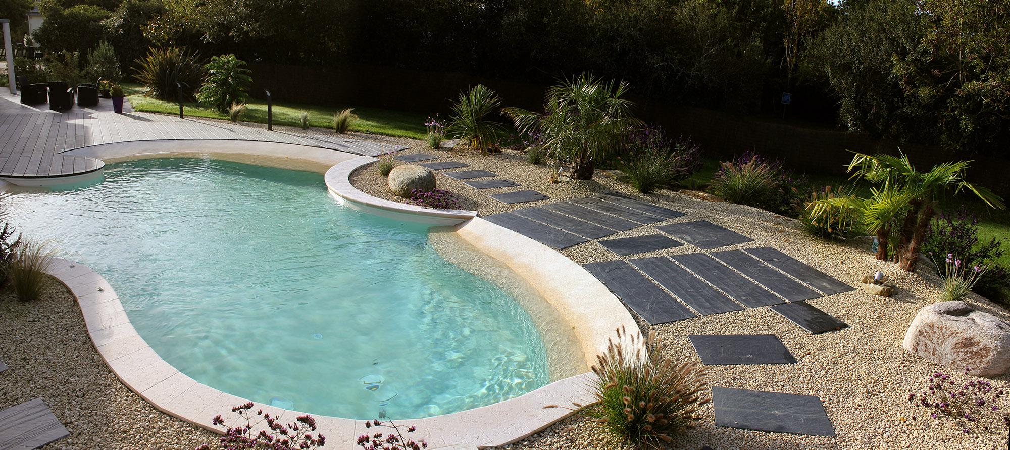 Tour de piscine saint andr des eaux 44 dreamis for Piscine 44